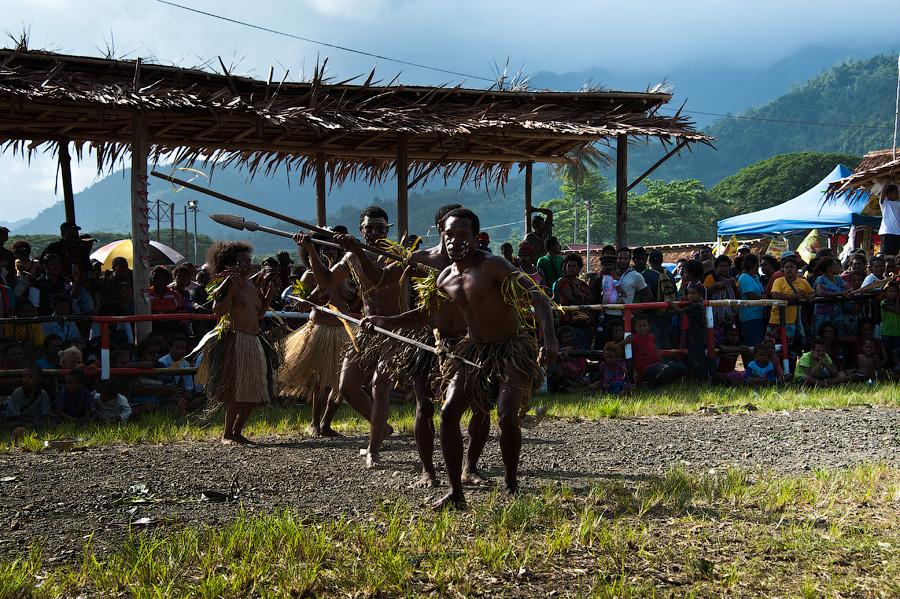 На лицо ужасные, добрые внутри: Папуа Новая Гвинея в октябре-ноябре 2012