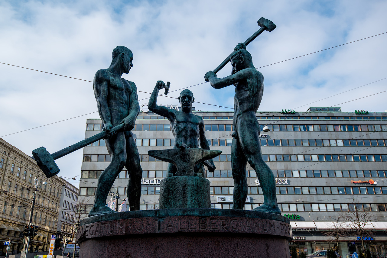 Памятник подешевле Пустошка Ваза. Покостовский гранит Городовиковск